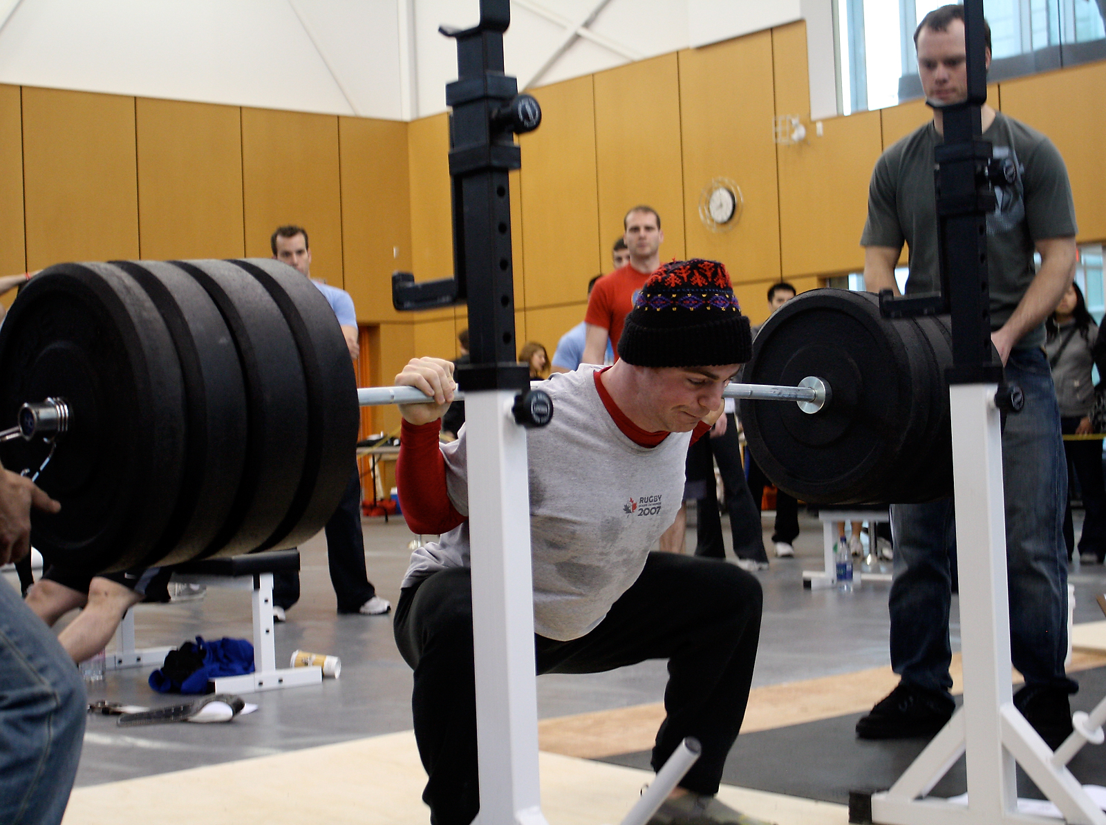 http://games2010.crossfit.com/static/images/rorym_Games2010_BCSectional_BigSquat.jpg