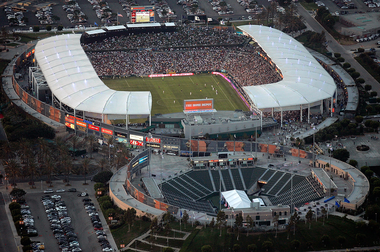 why the home depot center? : 2010 crossfit games